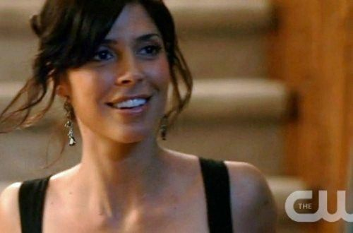 Cindy Sampson Shoe Size and Body Measurements
