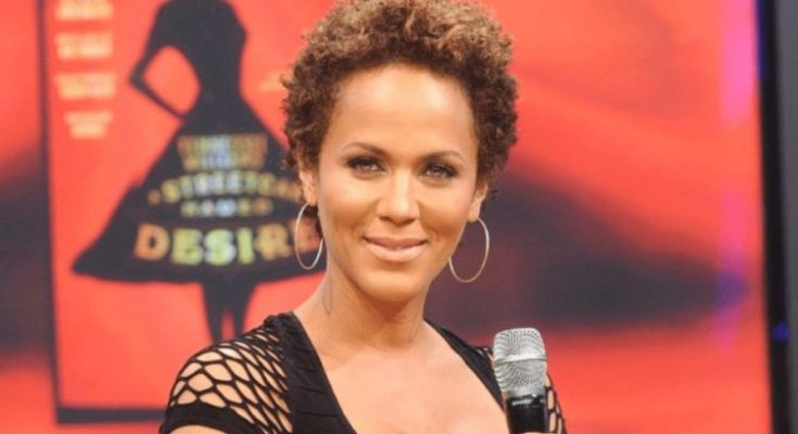 Nicole Ari Parker Shoe Size and Body Measurements