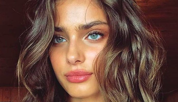 Body taylor hill Taylor Hill