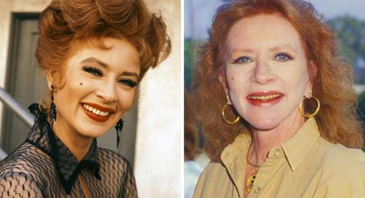 Amanda Blake Shoe Size and Body Measurements
