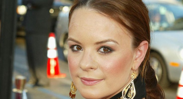 Jenna von Oÿ Shoe Size and Body Measurements