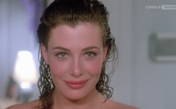 Kelly LeBrock Shoe Size and Body Measurements