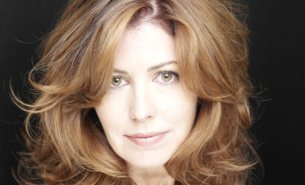 Dana Delany Shoe Size and Body Measurements