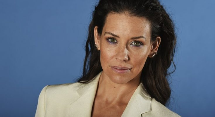 Evangeline Lilly Shoe Size and Body Measurements