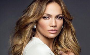 Jennifer Lopez Shoe Size and Body Measurements