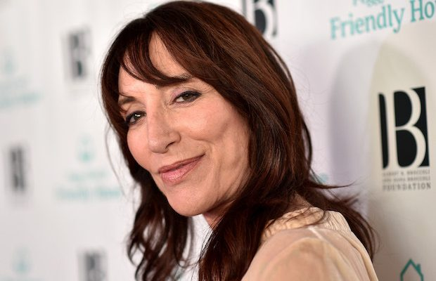 Katey Sagal Shoe Size and Body Measurements