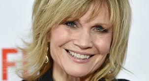 Markie Post Shoe Size and Body Measurements