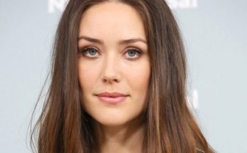 Megan Boone Shoe Size and Body Measurements