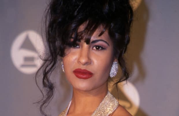 Selena Quintanilla Shoe Size and Body Measurements