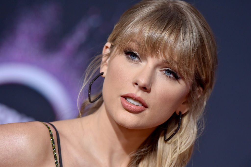Taylor Swift Shoe Size And Body Measurements Celebrity Shoe Sizes