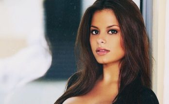 Wendy Fiore Shoe Size and Body Measurements