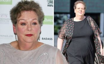 Anne Hegerty Shoe Size and Body Measurements