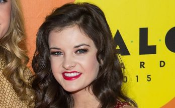 Brooke Hyland Shoe Size and Body Measurements