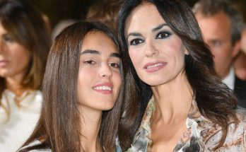 Maria Grazia Cucinotta Shoe Size and Body Measurements