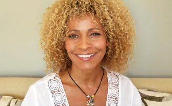 Michelle Hurd Shoe Size and Body Measurements