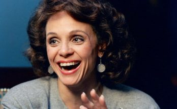 Valerie Harper Shoe Size and Body Measurements