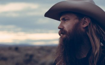 Chris Stapleton Shoe Size and Body Measurements