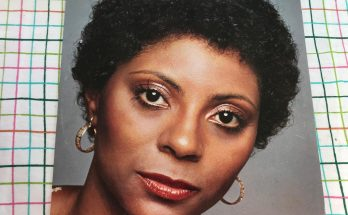 Leslie Uggams Shoe Size and Body Measurements