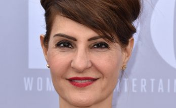 Nia Vardalos Shoe Size and Body Measurements