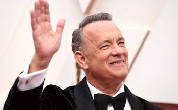 Tom Hanks Shoe Size and Body Measurements