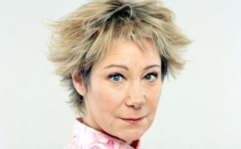 Zoe Wanamaker Shoe Size and Body Measurements