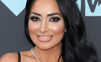 Angelina Pivarnick Shoe Size and Body Measurements