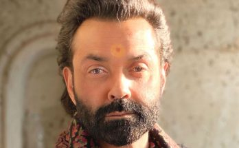 Bobby Deol Shoe Size and Body Measurements