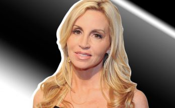 Camille Grammer Shoe Size and Body Measurements