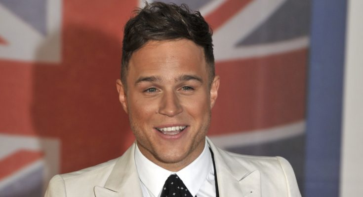 Olly Murs Shoe Size and Body Measurements