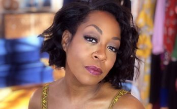 Tichina Arnold Shoe Size and Body Measurements