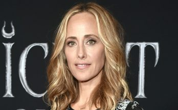Kim Raver Height Biography Breasts Body Measurements Weight