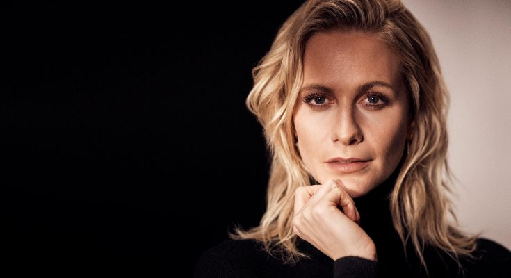 Poppy Delevingne Body Measurements Height Weight