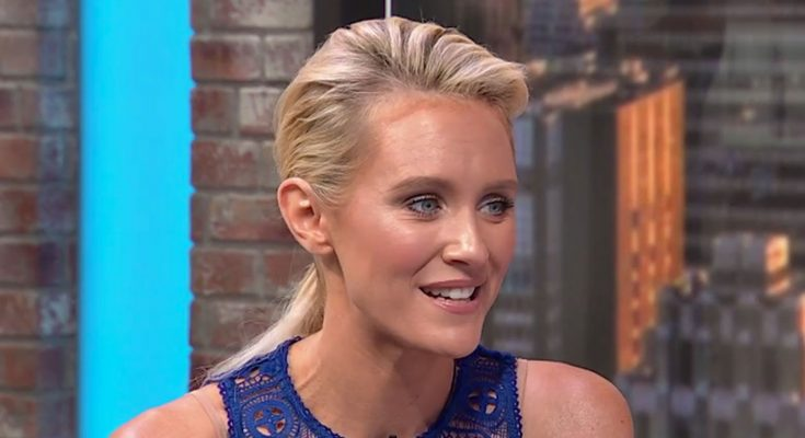 Nicky Whelan Cup Size Height Breasts